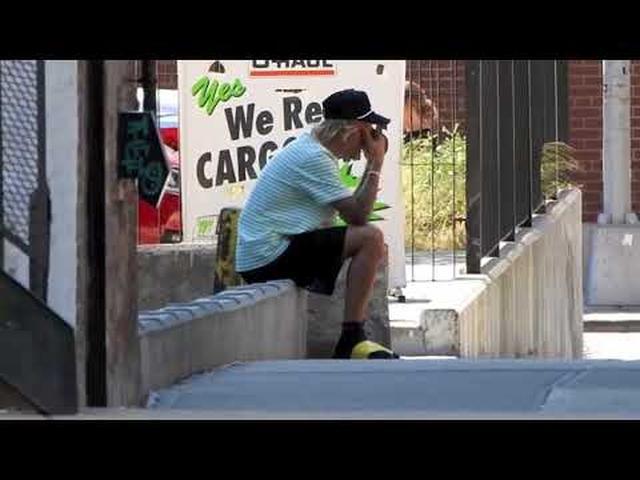 画像: Justin Bieber Spotted Crying youtu.be