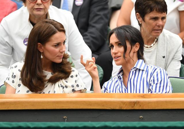 画像3: キャサリン妃&メーガン妃、テニス観戦の爽やかコーデがオシャレ