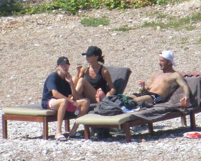 画像5: ベッカムファミリーの夏休み、父親デビッドは水上スキーで大はしゃぎ