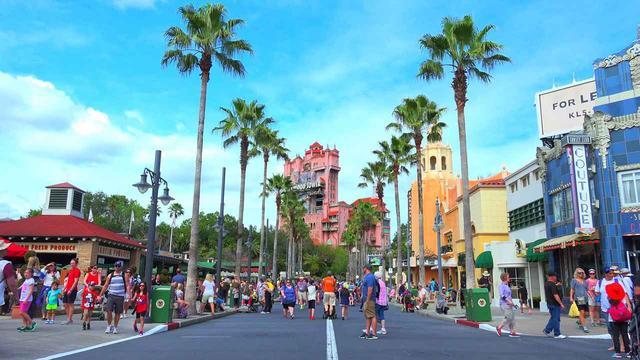 画像: 設定やストーリーに多少の違いがあるが、カリフォルニア州のディズニーランドや日本のディズニーシーにも同様のアトラクションがある。