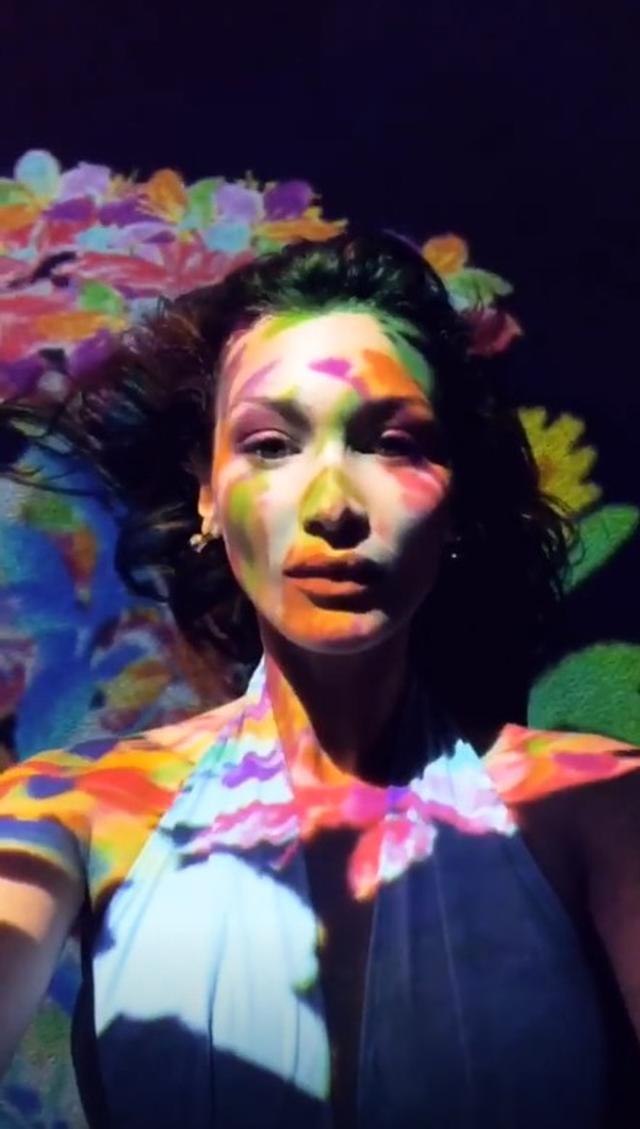 画像3: 【来日中】ベラ・ハディッド&ザ・ウィークエンド、話題の「チームラボ」の展示へ