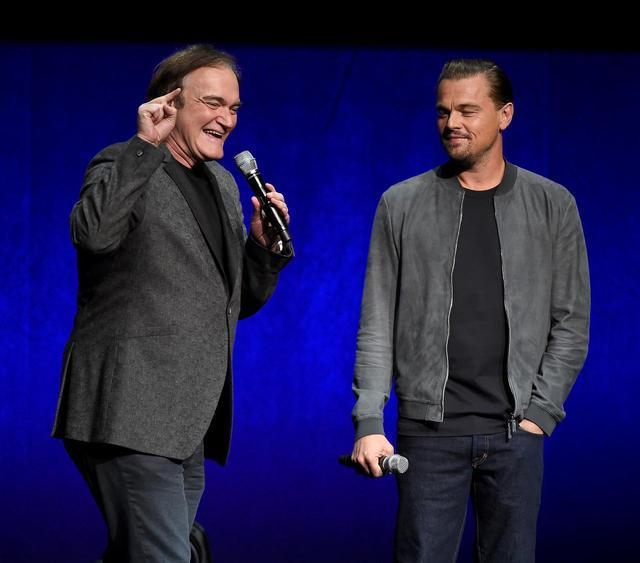 画像1: ブラピ&ディカプリオの話題作に出演するマーゴット・ロビー、初の写真が公開