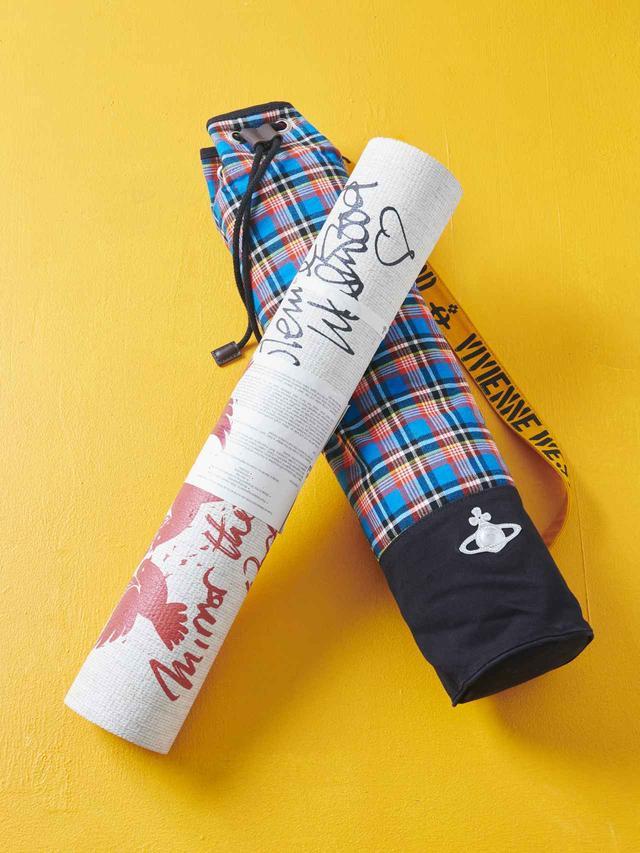 画像: ヴィヴィアン・ウェストウッドがヨガマットを発売!キャリーバッグも♡