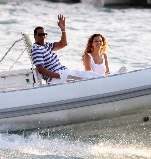 画像: 2016年から2年連続で最も稼ぐセレブカップル1位に君臨している夫妻の総資産は1,000億円を超えると言われている。