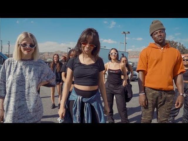 画像: Camila Cabello & Pharrell - Sangria Wine (Dance Challenge) www.youtube.com