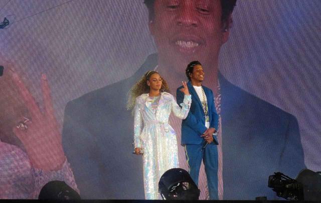 画像2: ビヨンセ&ジェイ・Z、危篤の「ソウルの女王」アレサ・フランクリンに公演を捧げる