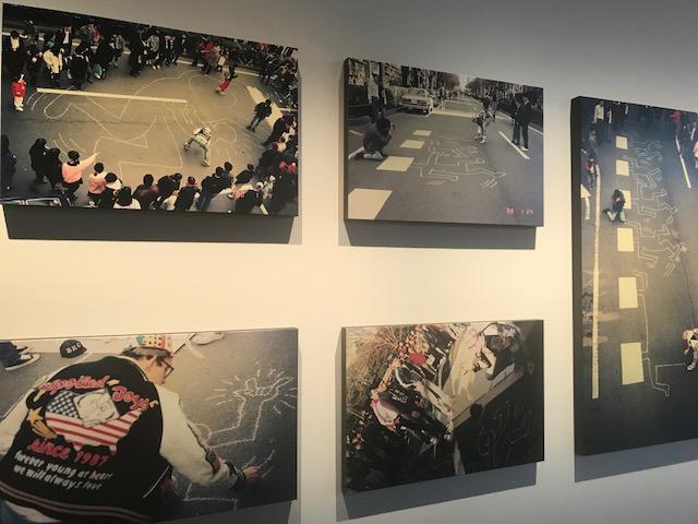 画像1: キースが表参道の路上にドローイングする 秘蔵写真約30点を世界初公開
