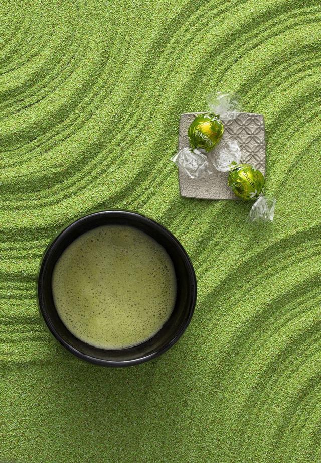 画像1: リンツから初のジャパンフレーバー「リンドール 抹茶」発売