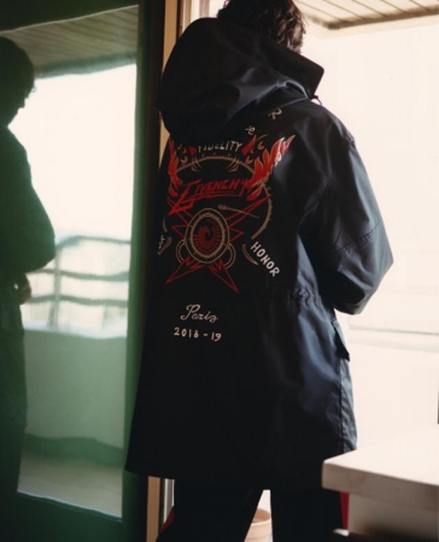 画像2: ジバンシィがポップアップストアを伊勢丹新宿店で、日本限定アイテムも登場