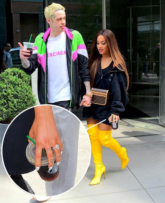 画像: ピートがアリアナに贈った婚約指輪はGreg Yunaのもので、値段は約1,000万円だと言われている。