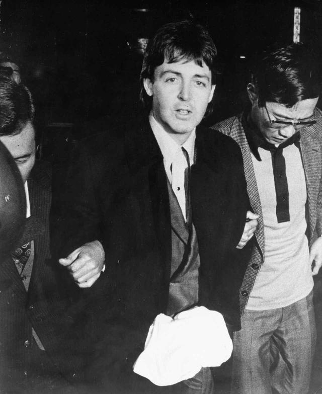 画像: 逮捕された時のポール。