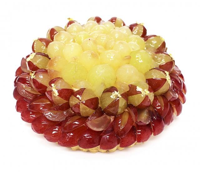 画像: 石川県産ぶどう「ルビーロマン」のケーキ ベース:マスカルポーネ