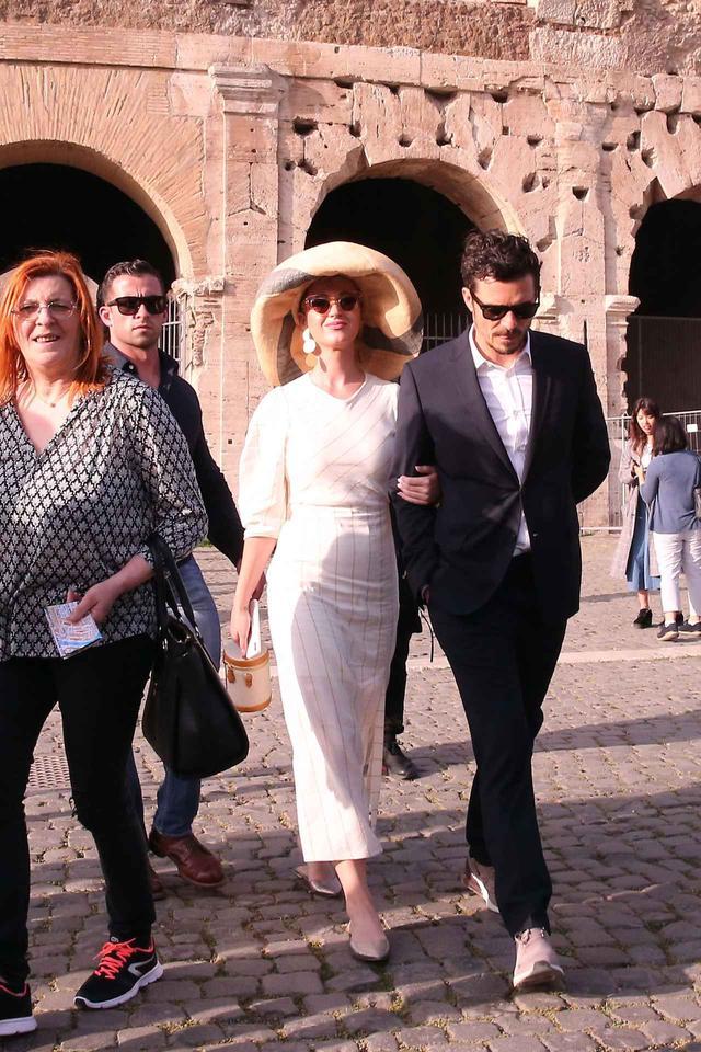 画像: ローマ法王を訪れた時のケイティとオーランド。