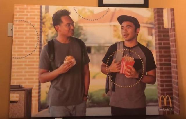画像: 広告にアジア系の人たちが起用されていないことに違和感