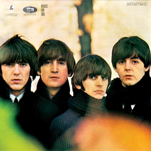 画像: 1964年にリリースされた『ビートルズ・フォー・セール』のアルバムカバーにも4人そろってボウルカットで登場。