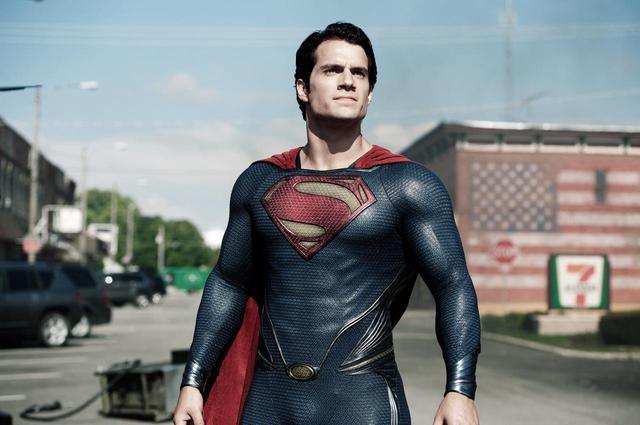 画像: ヘンリー・カヴィルがスーパーマン役を降板か、本人が謎投稿をしてファン混乱
