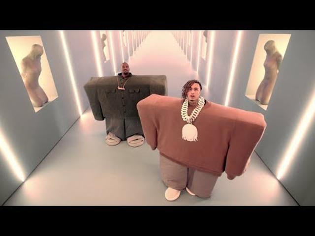 """画像: Kanye West & Lil Pump ft. Adele Givens - """"I Love It"""" (Official Music Video) www.youtube.com"""