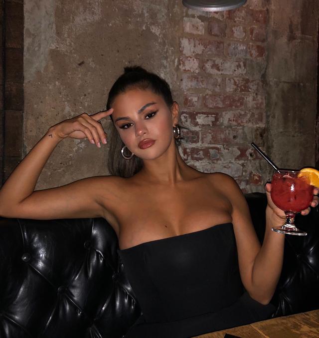 画像1: Instagram投稿の投稿者: Selena Gomezさん 日時: 2018年 9月月9日午前2時51分UTC www.instagram.com