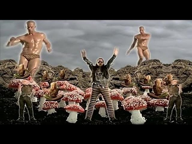 画像: The Shamen - Comin' On ( Стэтхем зажигает!) www.youtube.com