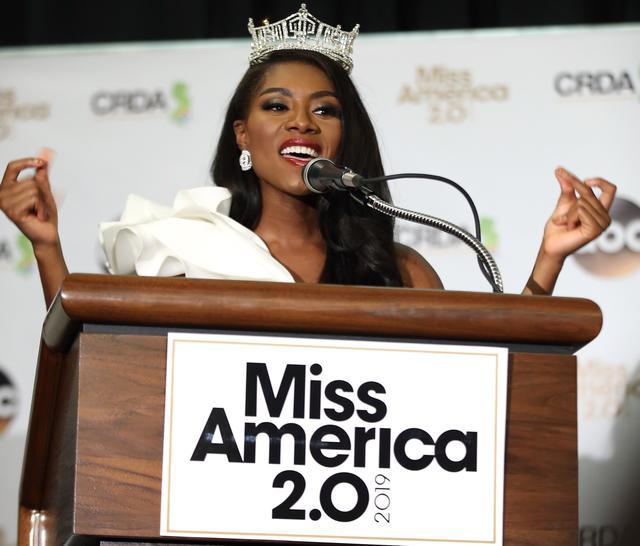 画像: 2019年のミス・アメリカには、ニューヨーク州代表のニア・イマニ・フランクリンが選ばれた。