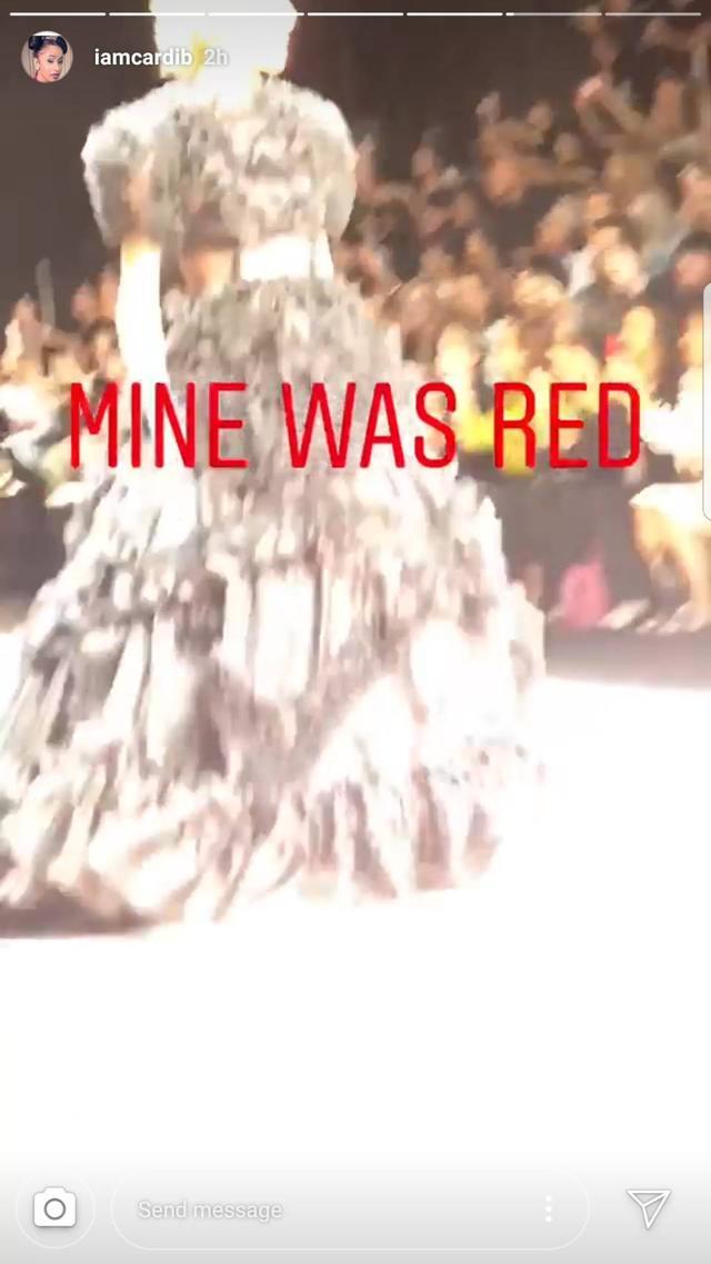 画像2: カーディ・B、コレクションで「例のドレス」を発見した時の一言がさすが