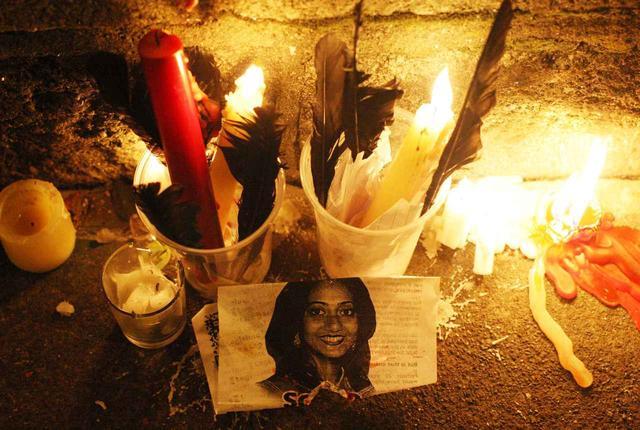 画像: 中絶禁止法の犠牲になったサヴィータ・ハラパナバル