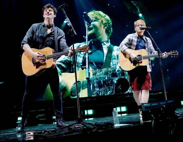 画像: 憧れのエドとステージに立つショーン。