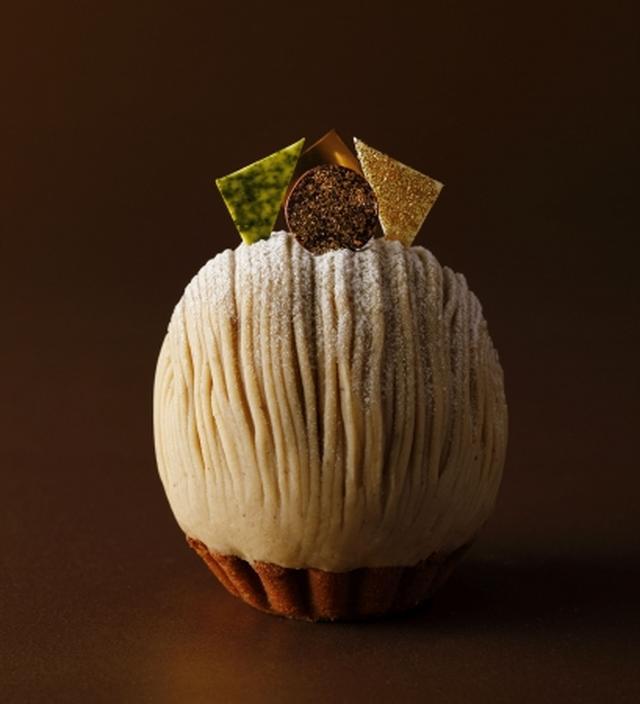 画像: 秋の看板スイーツ、スーパーモンブランも