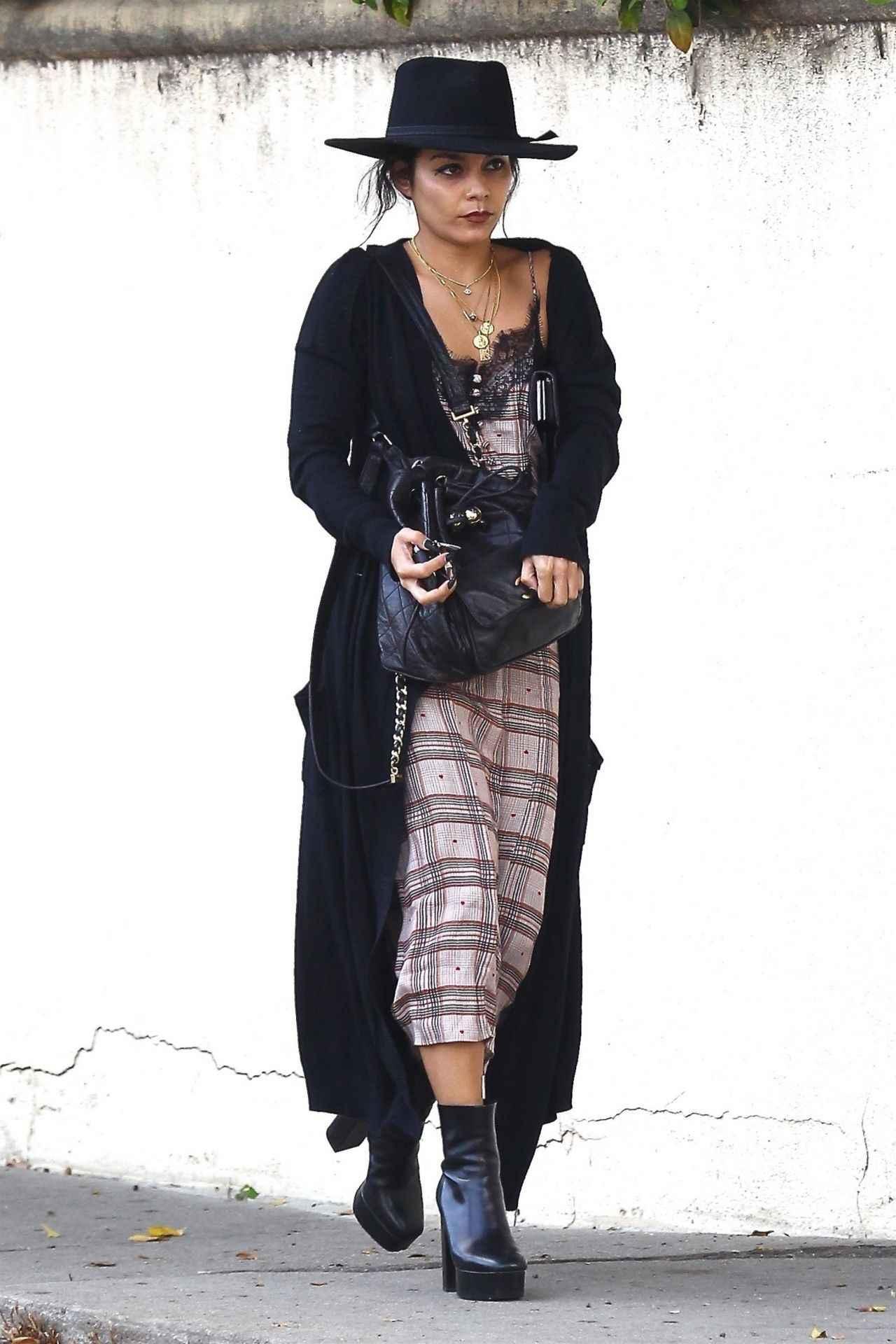 画像1: 人気女優のヴァネッサ・ハジェンズ