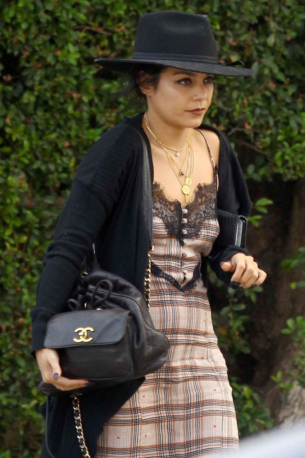 画像2: 人気女優のヴァネッサ・ハジェンズ