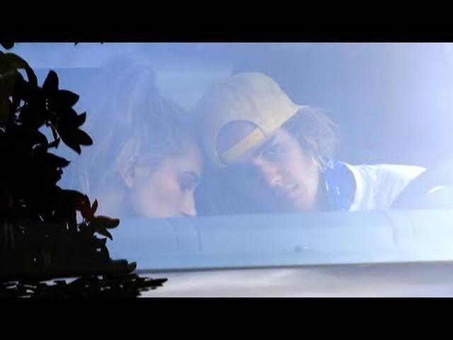 画像: EXCLUSIVE - SO IN LOVE! Justin Bieber And Hailey Baldwin Share A Romantic Moment Together www.youtube.com