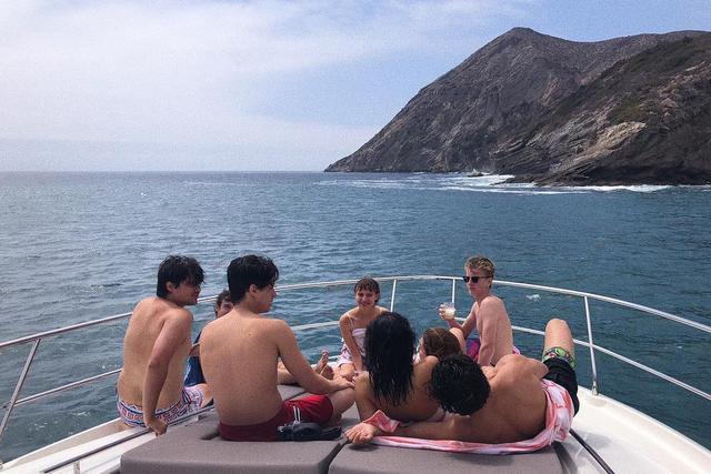 """画像1: camila mendes on Instagram: """"labor day getaway"""" www.instagram.com"""