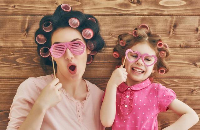 画像2: 髪を巻くとき、カーラーを使うべからず