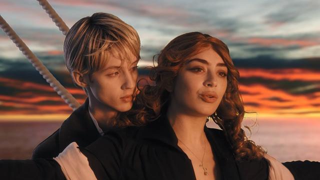画像: Charli XCX & Troye Sivan - 1999 [Official Video] www.youtube.com
