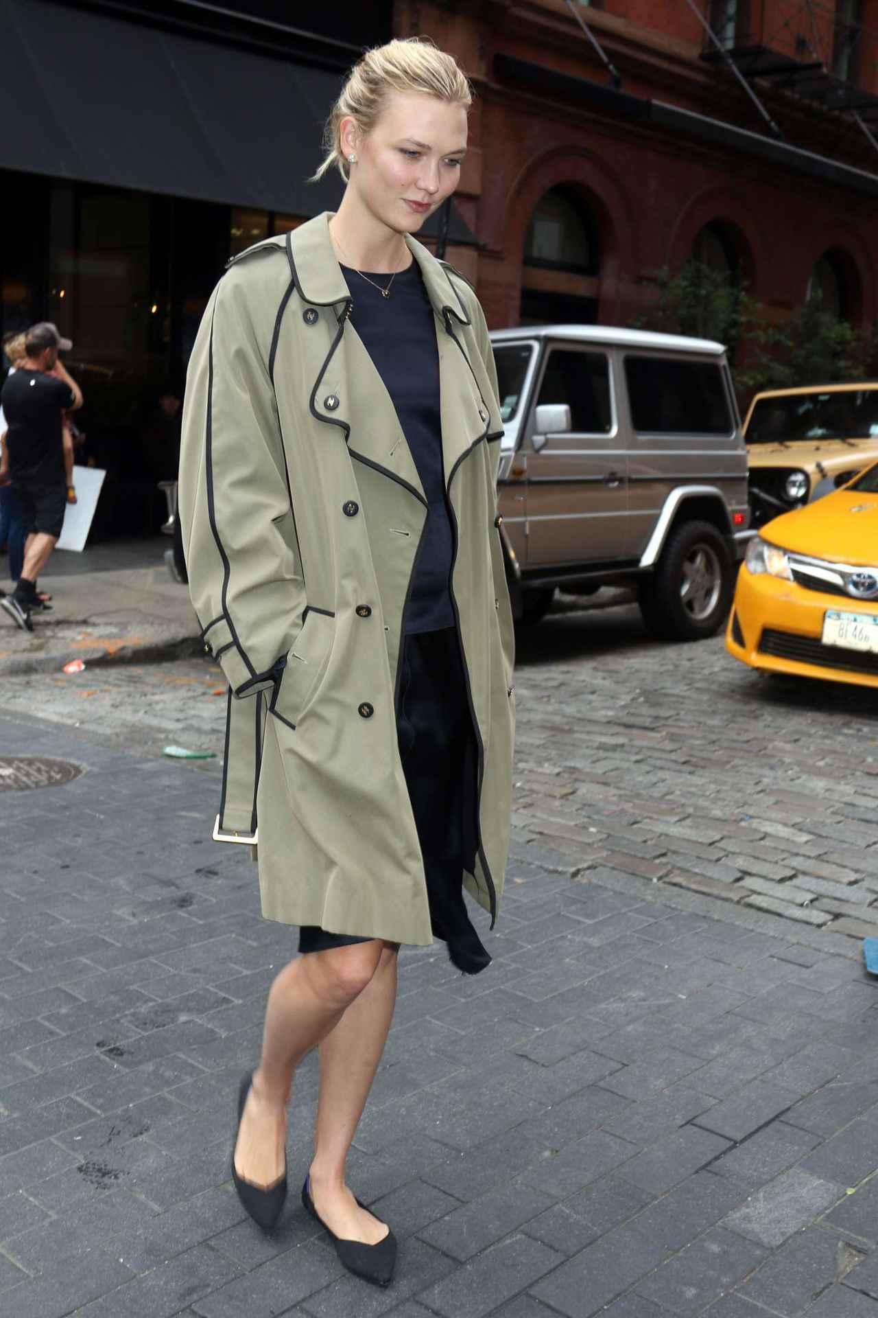 画像: 人気モデルのカ―リー・クロス