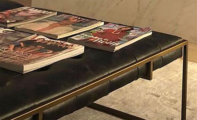 画像3: ベラが表紙を飾った雑誌を大切に保管