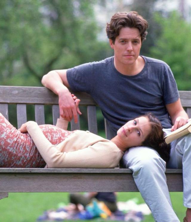 """画像: 『ノッティング・ヒルの恋人』(1999年公開)では、冴えない書店主と""""格差恋""""に落ちるハリウッド女優を熱演。共演はヒュー・グラント。"""