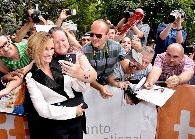 画像: 50歳のジュリア・ロバーツが語る「もう恋愛映画には出ない理由」が深い