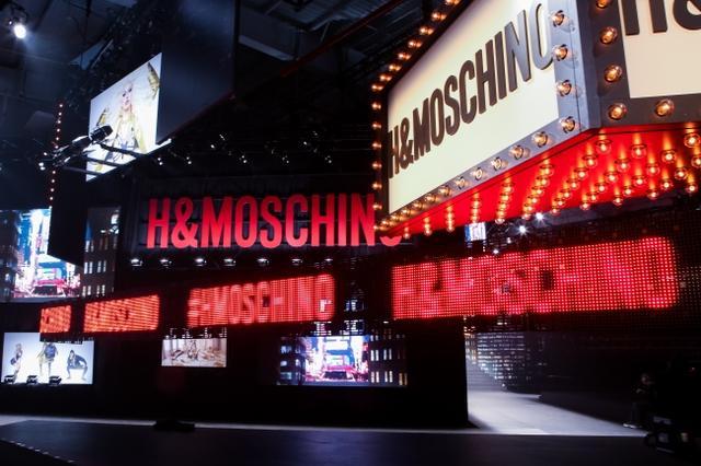 画像2: MOSCHINO [TV] H&M ファッションショーが開催、一般発売間近!