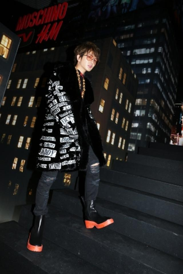 画像9: MOSCHINO [TV] H&M ファッションショーが開催、一般発売間近!