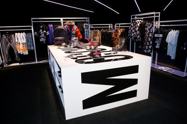 画像15: MOSCHINO [TV] H&M ファッションショーが開催、一般発売間近!