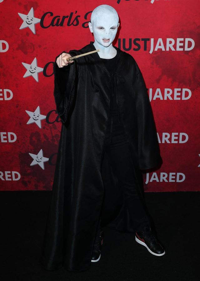 画像1: ジョーイが行ったクオリティが高すぎる仮装とは?