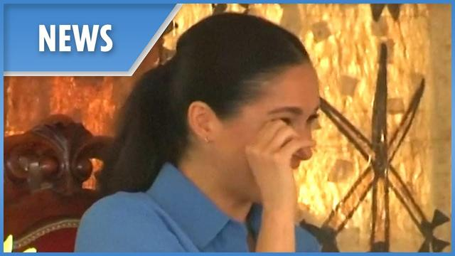 画像: Pregnant Meghan Markle cries tears of joy in Tonga www.youtube.com
