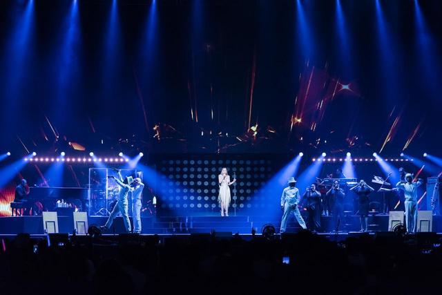 画像3: マライア・キャリー、ホイッスルボイスは健在!東京を沸かせた最終公演をレポート