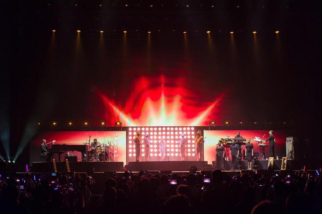 画像1: マライア・キャリー、ホイッスルボイスは健在!東京を沸かせた最終公演をレポート