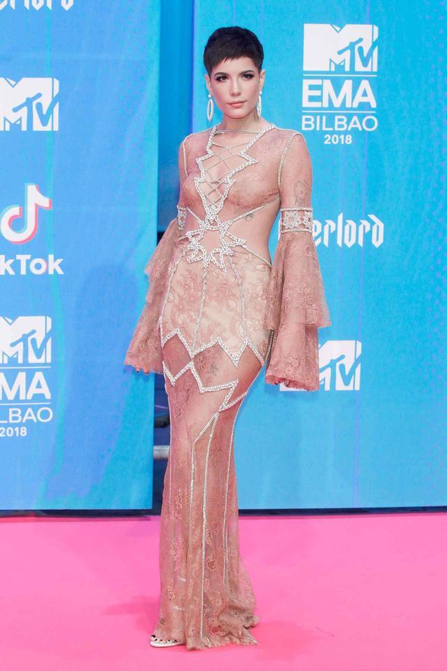 画像5: MTV EMAの華やかなレッドカーペットスタイルを紹介