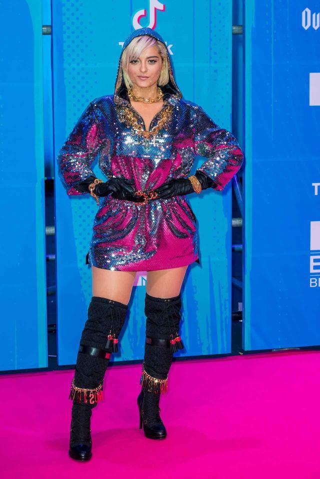 画像4: MTV EMAの華やかなレッドカーペットスタイルを紹介