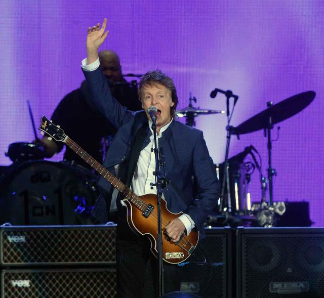 画像: ポール・マッカートニー、ジミ・ヘンドリックスに曲を捧げる背景にあるものとは?