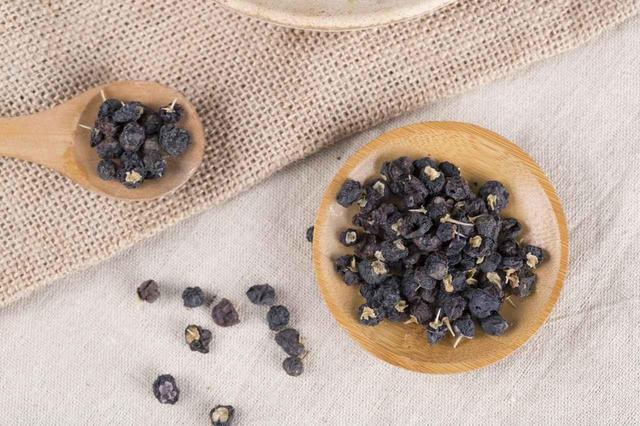 画像1: 最高品質の黒クコ!モンゴル産黒クコ「モンゴリアンベリー」が凄すぎる