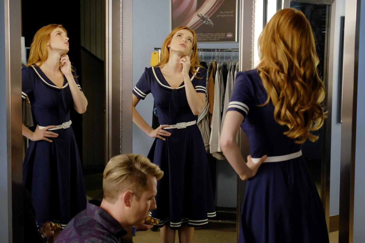 画像9: 大学生から人気女優へと駆け上がる注目ドラマ『FAMOUS IN LOVE』のファッションに迫る